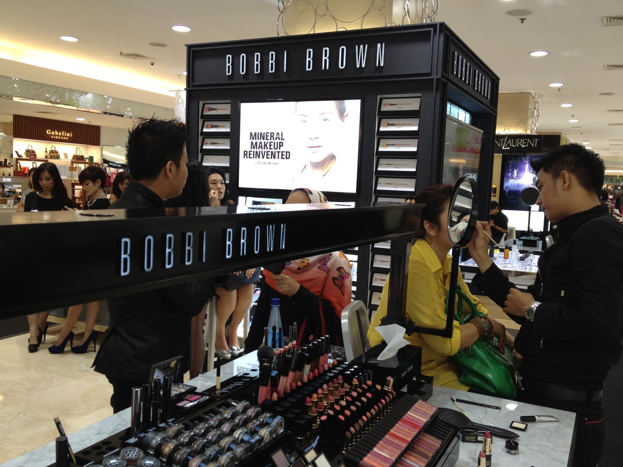 Yay Bobbi Brown 's Jakarta 3rd Counter is now open at ground floor ...
